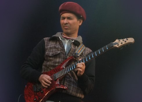 Mo Jonas | Guitar